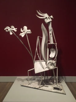 Picasso-white sculpture