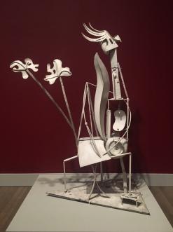 Picasso-white sculpture